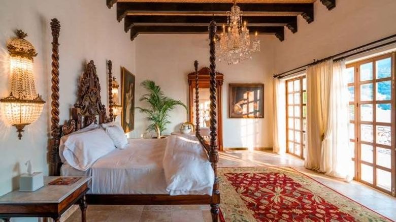 """Casa Kimberly Room. Images powered by <a href=""""http://web.iceportal.com"""" target=""""_blank"""" rel=""""noopener"""">Ice Portal</a>."""