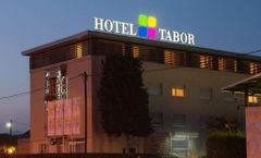 Tabor Hotel