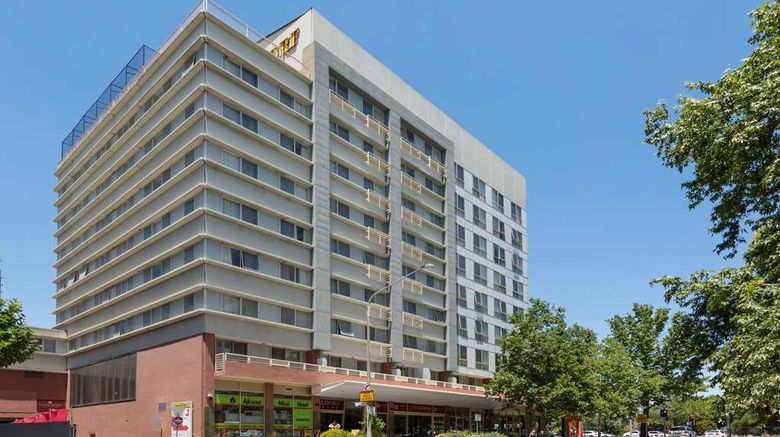 """Nesuto Canberra Apartment Hotel Exterior. Images powered by <a href=""""http://web.iceportal.com"""" target=""""_blank"""" rel=""""noopener"""">Ice Portal</a>."""