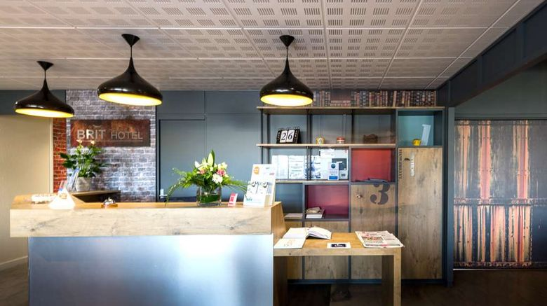 """<b>Brit Hotel La Rochelle Perigny Lobby</b>. Images powered by <a href=""""https://iceportal.shijigroup.com/"""" title=""""IcePortal"""" target=""""_blank"""">IcePortal</a>."""