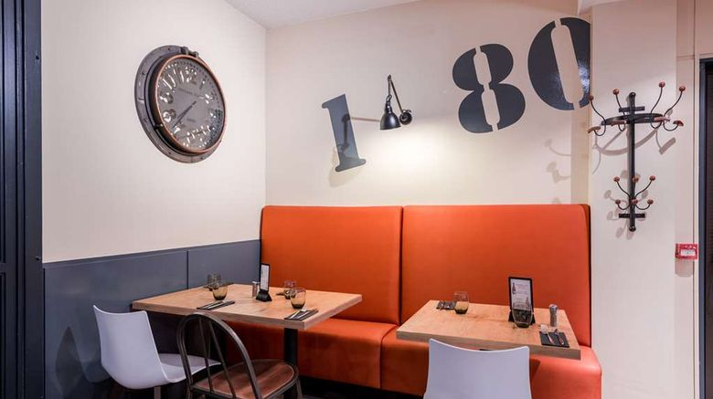 """<b>Brit Hotel La Rochelle Perigny Restaurant</b>. Images powered by <a href=""""https://iceportal.shijigroup.com/"""" title=""""IcePortal"""" target=""""_blank"""">IcePortal</a>."""