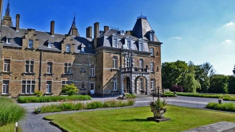 """Chateau de la Poste Exterior. Images powered by <a href=""""http://web.iceportal.com"""" target=""""_blank"""" rel=""""noopener"""">Ice Portal</a>."""