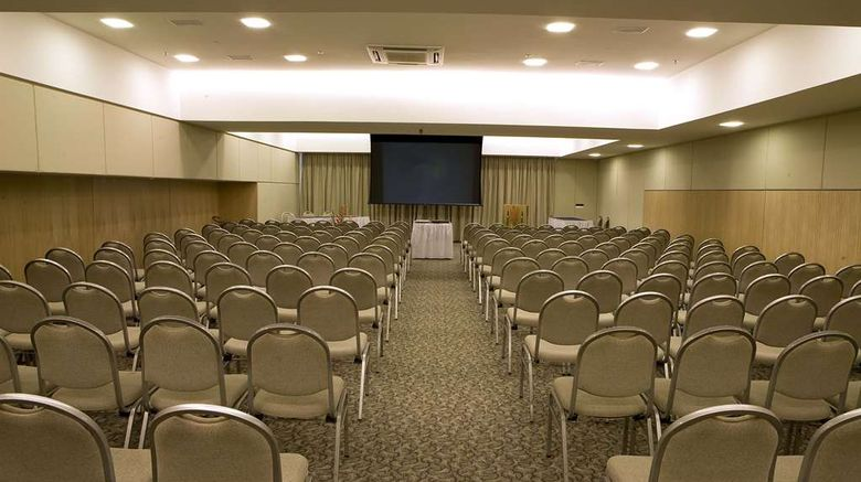 """<b>Gran Marquise Hotel Meeting</b>. Images powered by <a href=""""https://iceportal.shijigroup.com/"""" title=""""IcePortal"""" target=""""_blank"""">IcePortal</a>."""