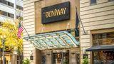 The Duniway Portland, A Hilton Hotel Exterior