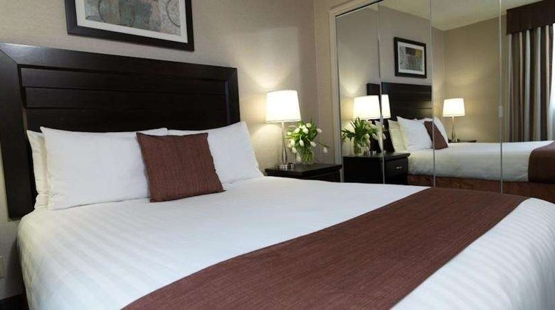 """Regency Suites Room. Images powered by <a href=""""http://web.iceportal.com"""" target=""""_blank"""" rel=""""noopener"""">Ice Portal</a>."""