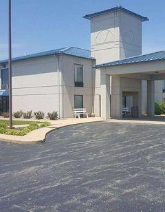 Baymont Inn & Suites West Plains
