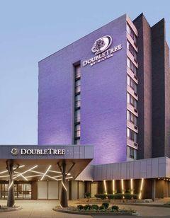 DoubleTree by Hilton Toronto Arpt West