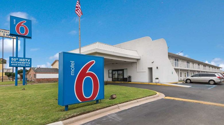 """Motel 6 Abilene East Exterior. Images powered by <a href=""""http://web.iceportal.com"""" target=""""_blank"""" rel=""""noopener"""">Ice Portal</a>."""