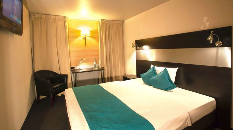 """Centro Hotel Ayun Cologne Room. Images powered by <a href=""""http://web.iceportal.com"""" target=""""_blank"""" rel=""""noopener"""">Ice Portal</a>."""