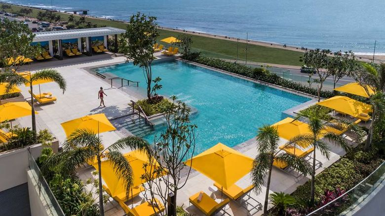 """<b>Shangri-La Hotel, Colombo Pool</b>. Images powered by <a href=""""https://iceportal.shijigroup.com/"""" title=""""IcePortal"""" target=""""_blank"""">IcePortal</a>."""