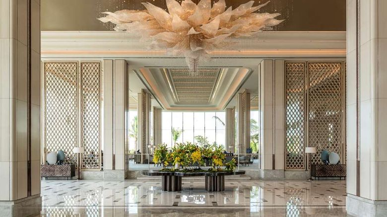 """<b>Shangri-La Hotel, Colombo Lobby</b>. Images powered by <a href=""""https://iceportal.shijigroup.com/"""" title=""""IcePortal"""" target=""""_blank"""">IcePortal</a>."""