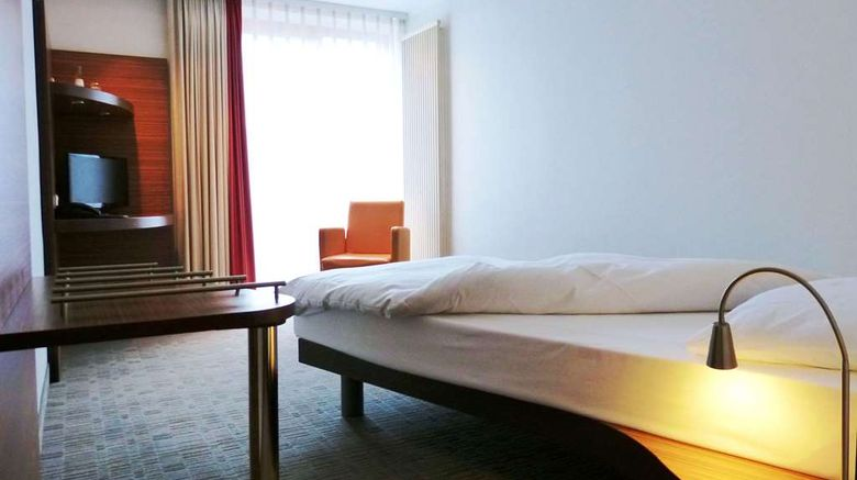 """Kommerzhotel Koln Room. Images powered by <a href=""""http://web.iceportal.com"""" target=""""_blank"""" rel=""""noopener"""">Ice Portal</a>."""