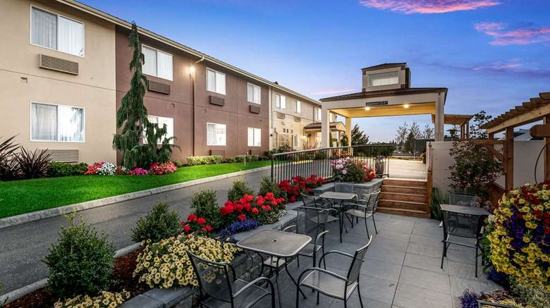 """Red Lion Inn and Suites Sequim Exterior. Images powered by <a href=""""http://web.iceportal.com"""" target=""""_blank"""" rel=""""noopener"""">Ice Portal</a>."""