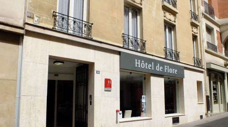 """De Flore Hotel Exterior. Images powered by <a href=""""http://web.iceportal.com"""" target=""""_blank"""" rel=""""noopener"""">Ice Portal</a>."""