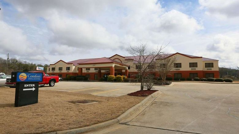 """Comfort Inn  and  Suites Exterior. Images powered by <a href=""""http://web.iceportal.com"""" target=""""_blank"""" rel=""""noopener"""">Ice Portal</a>."""