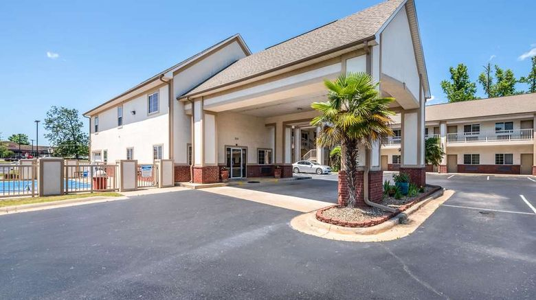 """Econo Lodge Inn and Suites, Bryant Exterior. Images powered by <a href=""""http://web.iceportal.com"""" target=""""_blank"""" rel=""""noopener"""">Ice Portal</a>."""