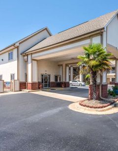 Econo Lodge Inn and Suites, Bryant