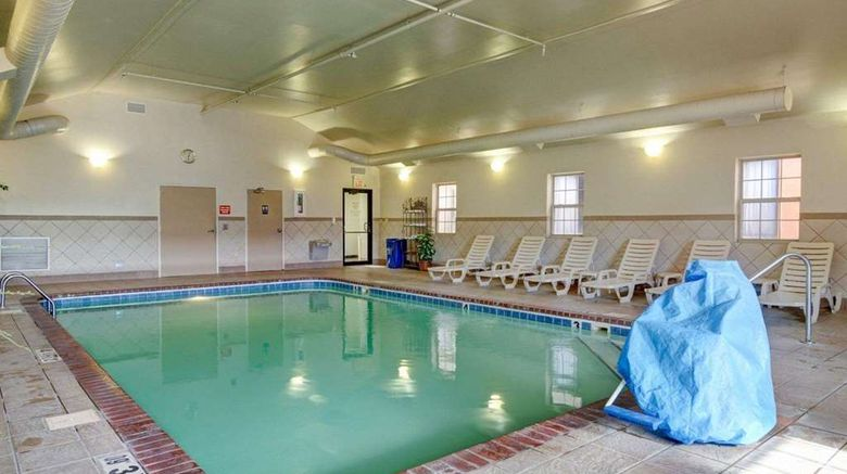 """<b>Quality Inn Pool</b>. Images powered by <a href=""""https://iceportal.shijigroup.com/"""" title=""""IcePortal"""" target=""""_blank"""">IcePortal</a>."""