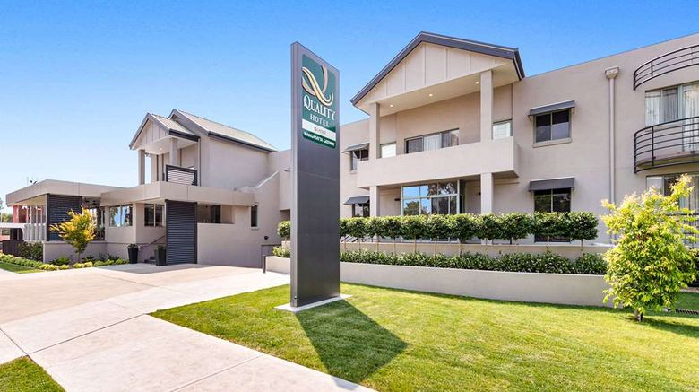 """Quality Hotel Wangaratta Gateway Exterior. Images powered by <a href=""""http://web.iceportal.com"""" target=""""_blank"""" rel=""""noopener"""">Ice Portal</a>."""