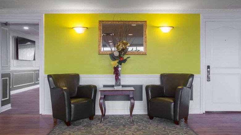 """Quality Hotel  and  Suites Oakville Lobby. Images powered by <a href=""""http://web.iceportal.com"""" target=""""_blank"""" rel=""""noopener"""">Ice Portal</a>."""