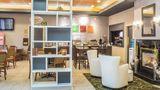 Comfort Hotel & Suites Peterborough Lobby