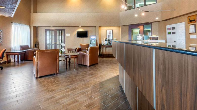 """Quality Suites Lobby. Images powered by <a href=""""http://web.iceportal.com"""" target=""""_blank"""" rel=""""noopener"""">Ice Portal</a>."""