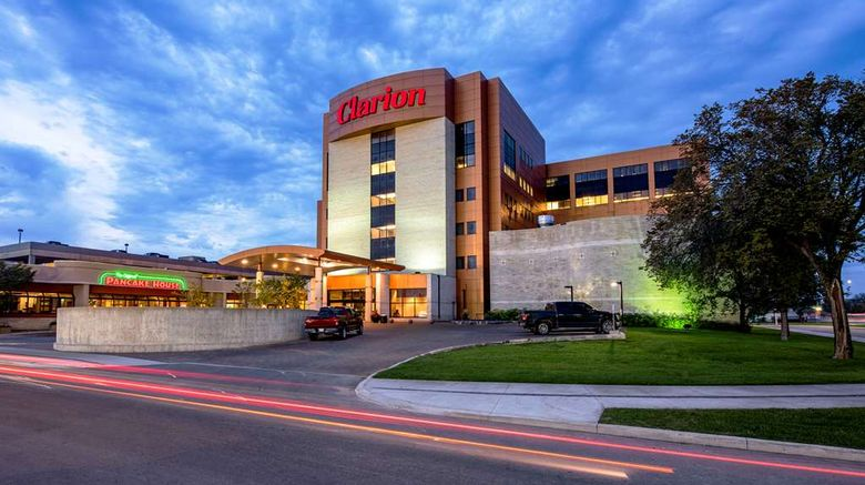"""Clarion Hotel  and  Suites Winnipeg Exterior. Images powered by <a href=""""http://web.iceportal.com"""" target=""""_blank"""" rel=""""noopener"""">Ice Portal</a>."""