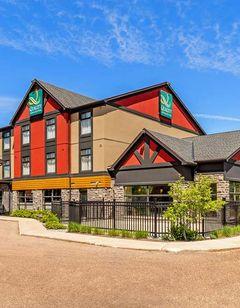 Quality Inn & Suites Petawawa