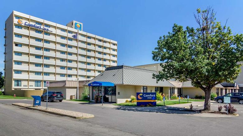 """Comfort Inn Central Exterior. Images powered by <a href=""""http://web.iceportal.com"""" target=""""_blank"""" rel=""""noopener"""">Ice Portal</a>."""