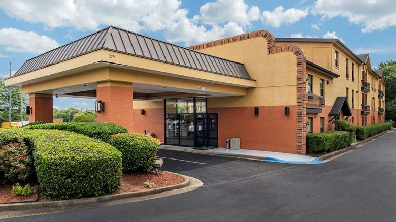 """Quality Inn Marietta Exterior. Images powered by <a href=""""http://web.iceportal.com"""" target=""""_blank"""" rel=""""noopener"""">Ice Portal</a>."""