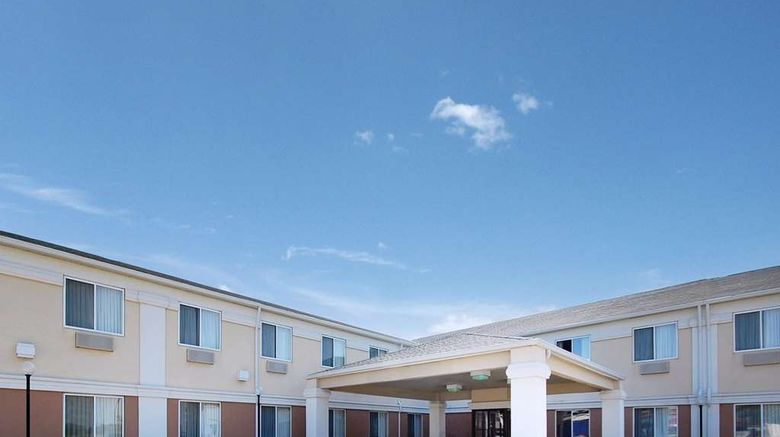 """Comfort Inn Sioux City Exterior. Images powered by <a href=""""http://web.iceportal.com"""" target=""""_blank"""" rel=""""noopener"""">Ice Portal</a>."""