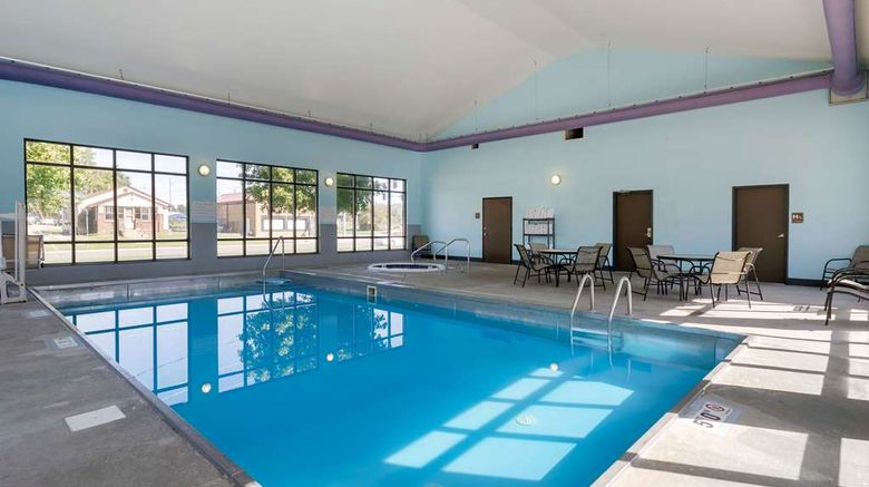 """<b>Econo Lodge Inn & Suites Pool</b>. Images powered by <a href=""""https://iceportal.shijigroup.com/"""" title=""""IcePortal"""" target=""""_blank"""">IcePortal</a>."""