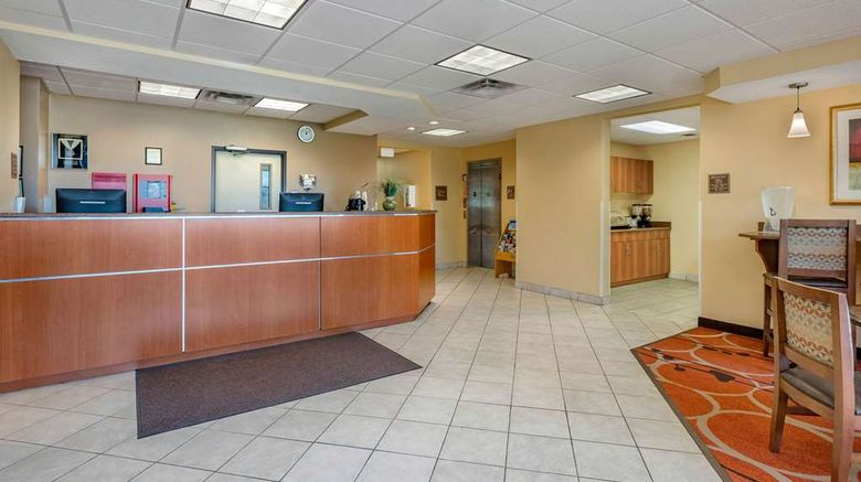 """<b>Econo Lodge Inn & Suites Lobby</b>. Images powered by <a href=""""https://iceportal.shijigroup.com/"""" title=""""IcePortal"""" target=""""_blank"""">IcePortal</a>."""