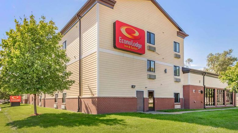 """<b>Econo Lodge Inn & Suites Exterior</b>. Images powered by <a href=""""https://iceportal.shijigroup.com/"""" title=""""IcePortal"""" target=""""_blank"""">IcePortal</a>."""