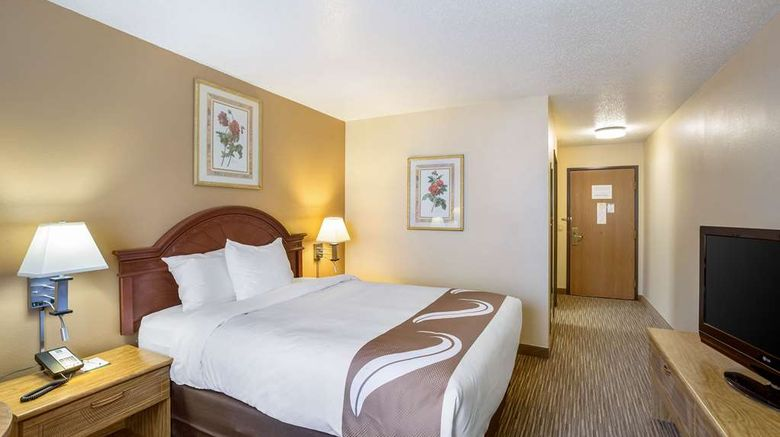 """<b>Quality Inn Storm Lake Room</b>. Images powered by <a href=""""https://iceportal.shijigroup.com/"""" title=""""IcePortal"""" target=""""_blank"""">IcePortal</a>."""