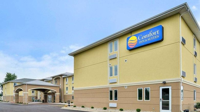 """Comfort Inn  and  Suites Springfield Exterior. Images powered by <a href=""""http://web.iceportal.com"""" target=""""_blank"""" rel=""""noopener"""">Ice Portal</a>."""