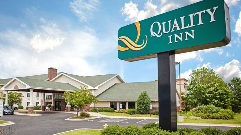 """Quality Inn Bolingbrook Exterior. Images powered by <a href=""""http://web.iceportal.com"""" target=""""_blank"""" rel=""""noopener"""">Ice Portal</a>."""