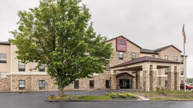 """Comfort Suites Vincennes Exterior. Images powered by <a href=""""http://web.iceportal.com"""" target=""""_blank"""" rel=""""noopener"""">Ice Portal</a>."""