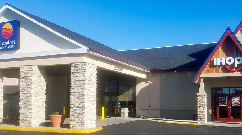 """Comfort Inn  and  Suites, Aberdeen Exterior. Images powered by <a href=""""http://web.iceportal.com"""" target=""""_blank"""" rel=""""noopener"""">Ice Portal</a>."""