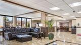 Clarion Inn & Suites Airport Grand Rapid Lobby