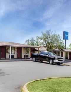 Rodeway Inn Auburn Hills