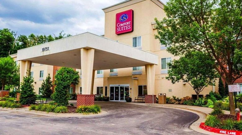 """Comfort Suites, Independence Exterior. Images powered by <a href=""""http://web.iceportal.com"""" target=""""_blank"""" rel=""""noopener"""">Ice Portal</a>."""