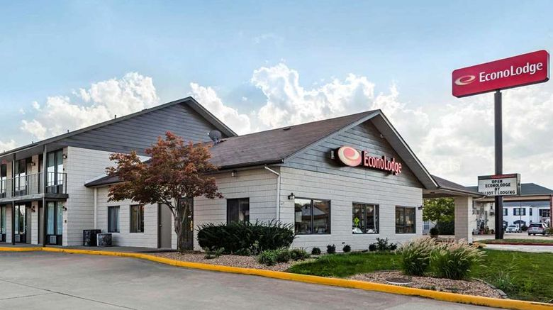 """Econo Lodge Branson Exterior. Images powered by <a href=""""http://web.iceportal.com"""" target=""""_blank"""" rel=""""noopener"""">Ice Portal</a>."""