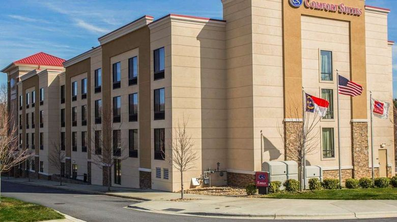 """Comfort Suites Lake Norman  Huntersville Exterior. Images powered by <a href=""""http://web.iceportal.com"""" target=""""_blank"""" rel=""""noopener"""">Ice Portal</a>."""