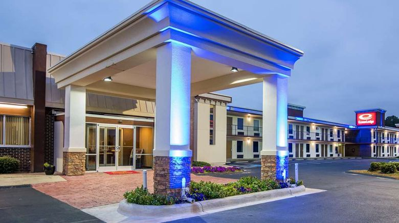 """Econo Lodge Exterior. Images powered by <a href=""""http://web.iceportal.com"""" target=""""_blank"""" rel=""""noopener"""">Ice Portal</a>."""