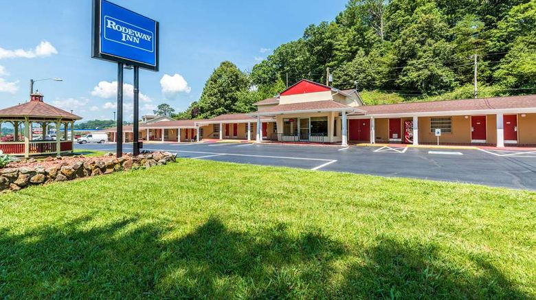 """Rodeway Inn Franklin Exterior. Images powered by <a href=""""http://web.iceportal.com"""" target=""""_blank"""" rel=""""noopener"""">Ice Portal</a>."""