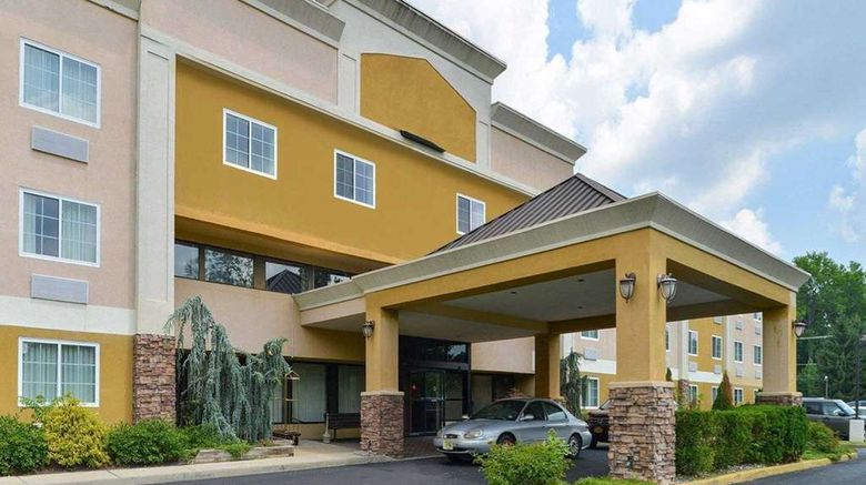 """Quality Suites Tinton Falls Exterior. Images powered by <a href=""""http://web.iceportal.com"""" target=""""_blank"""" rel=""""noopener"""">Ice Portal</a>."""