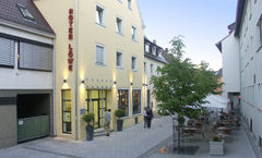 AKZENT-Hotel Roter Lowe