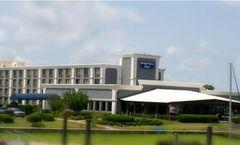 BridgePoint Hotel & Marina