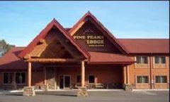 Pine Peaks Lodge & Suites